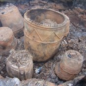 Experimental_firing_of_replica_grooved_ware_pots